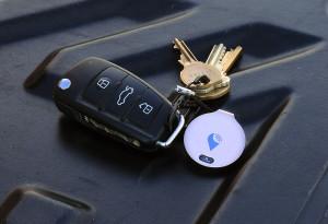 TrackR Bravo with keys