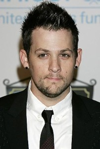 Joel Madden hates to leave his little girl