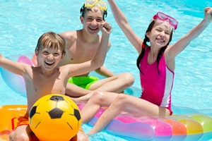 3 water safety tips for kids this summer